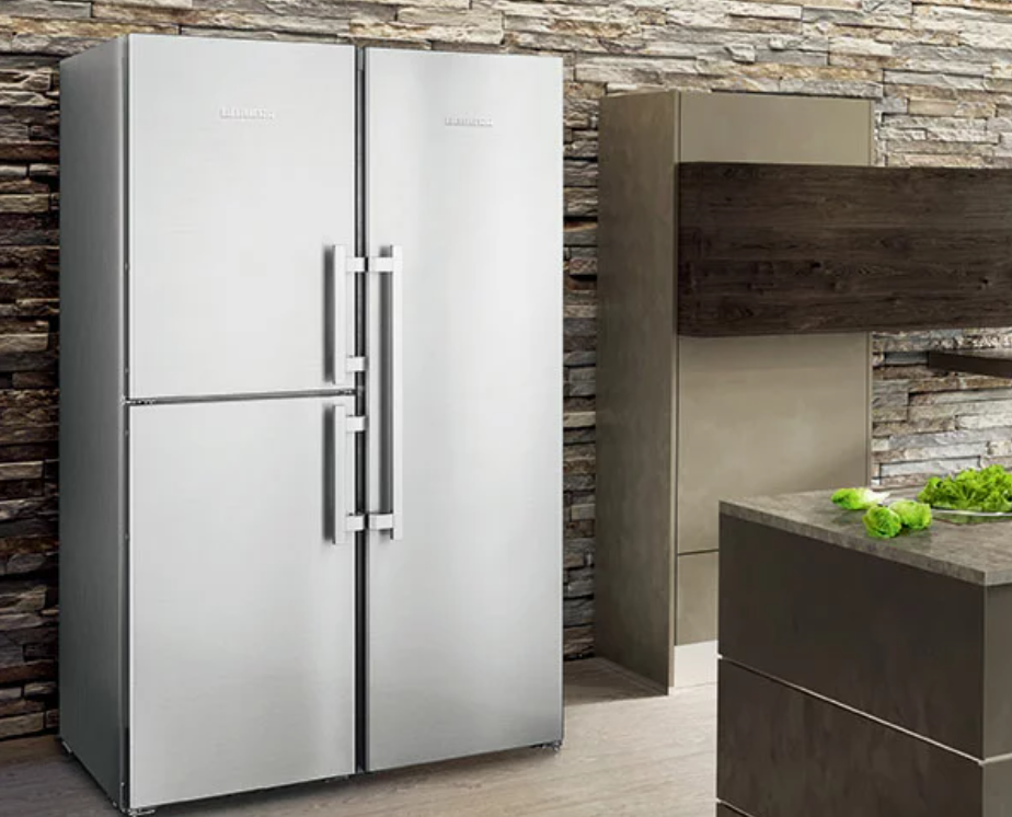 着飾る恋には理由があって(かざ恋)シルバーの冷蔵庫
